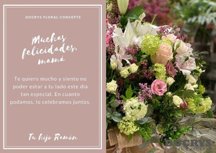 Enviaremos una tarjeta personalizada con tu dedicatoria y las flores elegidas al móvil del destinatario hasta que podamos hacer la entrega en la dirección indicada.