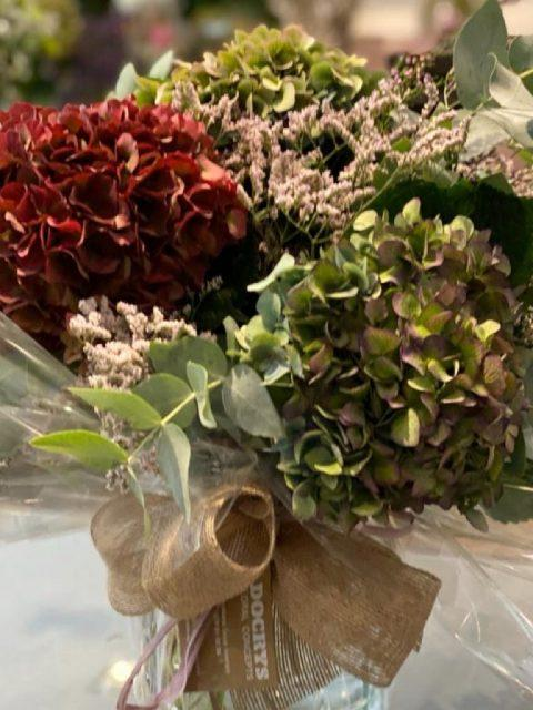 Jarrón de Hortensias Belgirate de Docrys Floral Concepts