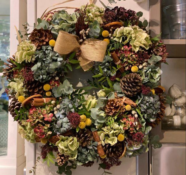 Corona de Navidad Ottawa de Docrys Floral Concepts